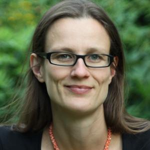 Bettina Sorge, Trauerrednerin
